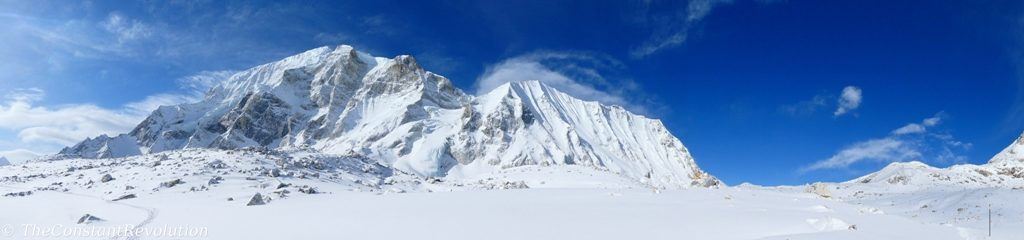 View around Larke pass