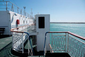 From Kazakhstan to Azerbaijan through the Caspian Sea