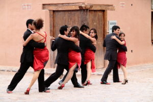 argentina-tango-purmamarca