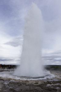 iceland-geyser