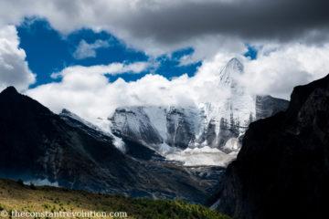 4 Days of Solitude: Trekking Yading Nature Reserve