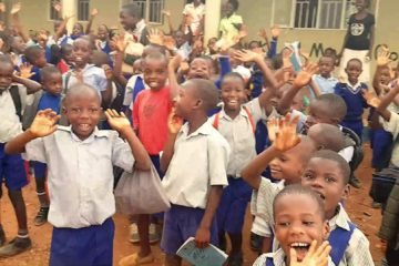 Uganda: Volunteering for Bringing Hope to the Family